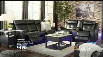 Ashley HomeStore Stars & Stripes Event TV Spot, 'Final Days: Doorbuster' Song by Midnight Riot - Thumbnail 4