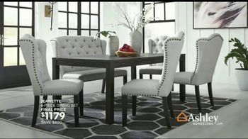 Ashley HomeStore Stars & Stripes Event TV Spot, 'Final Days: Doorbuster' Song by Midnight Riot - Thumbnail 7