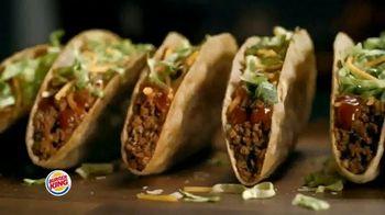 Burger King $1 Taco TV Spot, 'Taco-bout la gran sorpresa' canción de Lipps, Inc. [Spanish] - Thumbnail 4