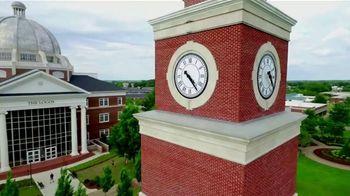 Union University TV Spot, 'Be Transformed as a College Graduate' - Thumbnail 8