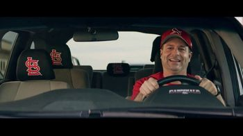 GEICO TV Spot, 'Baseball Rivals Fight for a Parking Space' - Thumbnail 3