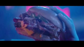 Wendy's Baconfest TV Spot, 'Party: Sizzles' - Thumbnail 3