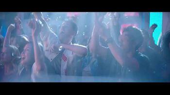 Wendy's Baconfest TV Spot, 'Party: Sizzles' - Thumbnail 6