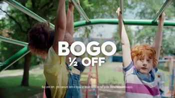 Famous Footwear TV Spot, 'Back to School: Lights BOGO' - Thumbnail 8