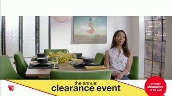 Overstock.com Annual Clearance Event TV Spot, 'Table Runner' - Thumbnail 6