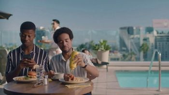 Hotel Tonight Daily Drop TV Spot, 'A Hard Deal to Deal With: Mustard' - Thumbnail 1