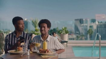 Hotel Tonight Daily Drop TV Spot, 'A Hard Deal to Deal With: Mustard' - Thumbnail 7