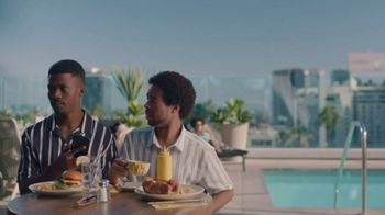 Hotel Tonight Daily Drop TV Spot, 'A Hard Deal to Deal With: Mustard' - Thumbnail 8