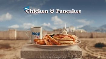 IHOP Chicken & Pancakes TV Spot, 'Sneak Attack' - Thumbnail 9