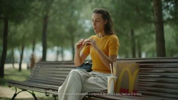 McDonald's Quarter Pounder TV Spot, 'Summertime' Song by The Jamies - Thumbnail 7