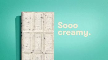 Hershey's Cookies 'n' Creme TV Spot, 'So Creamy' - Thumbnail 4