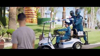 USAA Bank TV Spot, 'Mini Golf' - Thumbnail 6