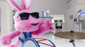 Energizer Ultimate Lithium TV Spot, 'Guinness World Records Announcement' - Thumbnail 6