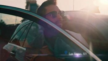 2019 Mercedes-Benz GLC 300 TV Spot, 'Attractions' [T2] - Thumbnail 5