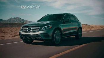 2019 Mercedes-Benz GLC 300 TV Spot, 'Attractions' [T2] - Thumbnail 7