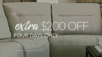 Havertys Memorial Day Sale TV Spot, 'Get an Extra $200 Off' - Thumbnail 5