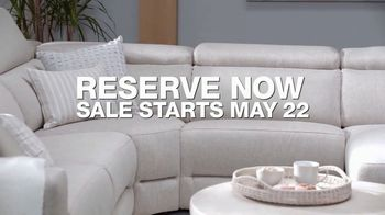 Macy's Memorial Day Furniture & Mattress Sale TV Spot, 'Sectional, Bed and Adjustable Base' - Thumbnail 8