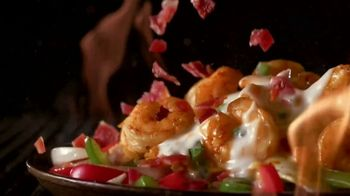 Applebee's Loaded Fajitas TV Spot, 'Hit Me With Your Best Shot' Song by Pat Benatar - Thumbnail 6