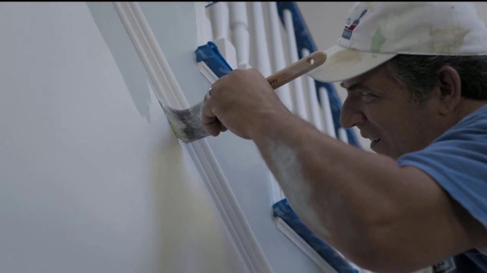 Lowe's Memorial Day Sale TV Commercial, 'Step One to Step Done: Valspar  Paint & Stain' - Video