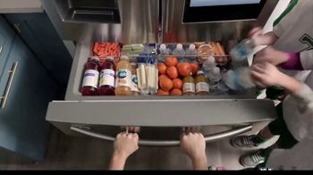The Home Depot Memorial Day Savings TV Spot, 'Fuel Your Team: Samsung Laundry Pair' - Thumbnail 7