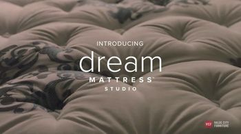 Value City Furniture Memorial Day Sale TV Spot, 'Dream Mattress Studio'