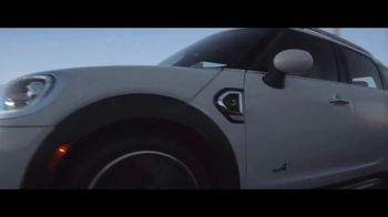MINI USA Born to Drive Sales Event TV Spot, 'Born to Drive' [T2] - Thumbnail 6