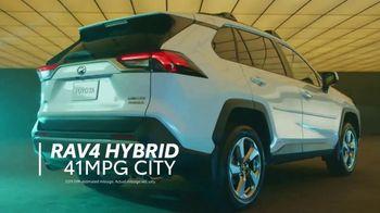 Toyota RAV4 TV Spot, 'Just Right' [T2] - Thumbnail 4