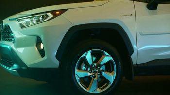Toyota RAV4 TV Spot, 'Just Right' [T2] - Thumbnail 5