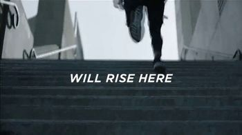 FIJI Water Sports Cap TV Spot, 'Rise' - Thumbnail 3