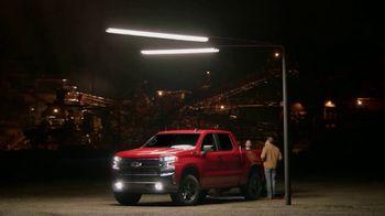 2019 Chevrolet Silverado TV Spot, 'Spotlight' [T2] - Thumbnail 5