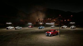 2019 Chevrolet Silverado TV Spot, 'Spotlight' [T2]