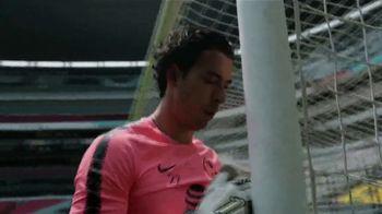 Bud Light TV Spot, 'Seats of Glory: experiencia VR' con Miguel Herrera [Spanish] - Thumbnail 4
