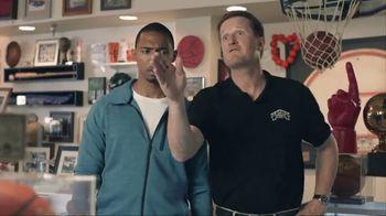 AT&T Wireless TV Spot, 'Basketball Fan' - Thumbnail 5