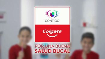 Colgate TV Spot, 'Univision: cepilla, enjuaga y usa hilo dental' con Karla Martínez [Spanish] - Thumbnail 7