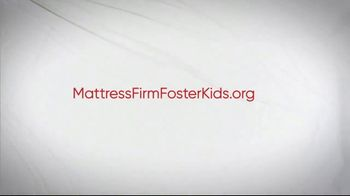 Mattress Firm Foster Kids TV Spot, 'Bedtime Books, Toys and Pajamas' - Thumbnail 8