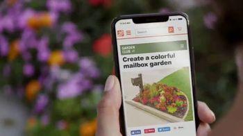 The Home Depot TV Spot, 'Todo el vecindario se ve bien: cinco por $10 dólares' [Spanish] - Thumbnail 2