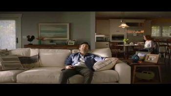 DIRECTV TV Spot, 'Hook a Mother Up' - Thumbnail 4