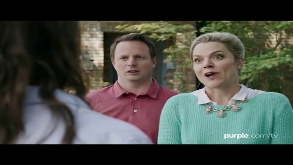 Purple Mattress Labor Day Sale TV Commercial, 'Neighbors: Free Sheets and Free Pillows'