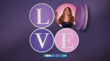 Rooms to Go TV Spot, 'Sofia Vergara Collection: Love at First Sight' Featuring Sofia Vergara - Thumbnail 9