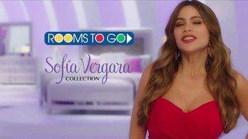 Rooms to Go TV Spot, 'Sofia Vergara Collection: Love at First Sight' Featuring Sofia Vergara - Thumbnail 7