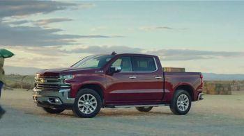 Chevrolet Silverado TV Spot, 'Industry Firsts' [T2]