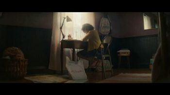 Staples TV Spot, 'Back to School: Crayola, Composition Books and Filler Paper' - Thumbnail 1