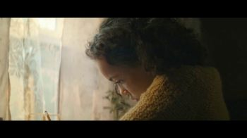 Staples TV Spot, 'Back to School: Crayola, Composition Books and Filler Paper' - Thumbnail 2
