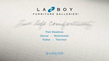 La-Z-Boy 36 Hour Sale TV Spot, 'Solutions: Cozy to Spacious' - Thumbnail 9