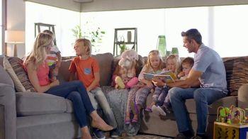La-Z-Boy 36 Hour Sale TV Spot, 'Solutions: Cozy to Spacious' - Thumbnail 4