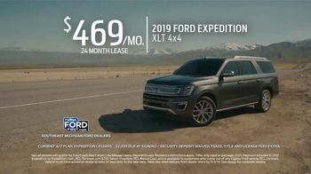 2019 Ford Expedition TV Spot, 'Leave No One' [T2] - Thumbnail 8