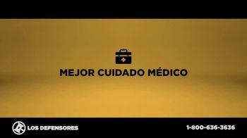 Los Defensores TV Spot, 'Accidente de camión de carga' con Jorge Jarrín, Jaime Jarrín[Spanish] - Thumbnail 4