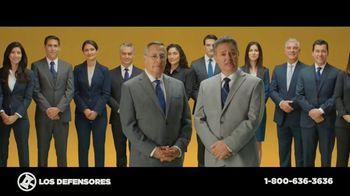 Los Defensores TV Spot, 'Accidente de camión de carga' con Jorge Jarrín, Jaime Jarrín[Spanish] - Thumbnail 5