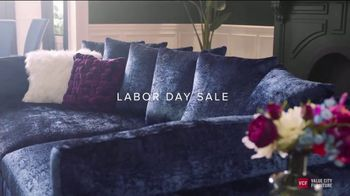 Value City Furniture Labor Day Sale TV Spot, 'Great Moments' - Thumbnail 4