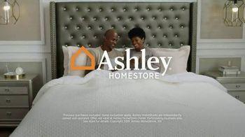 Ashley HomeStore Summer Sleep Sale TV Spot, 'Incredible Mattress Savings' Song by Midnight Riot - Thumbnail 7